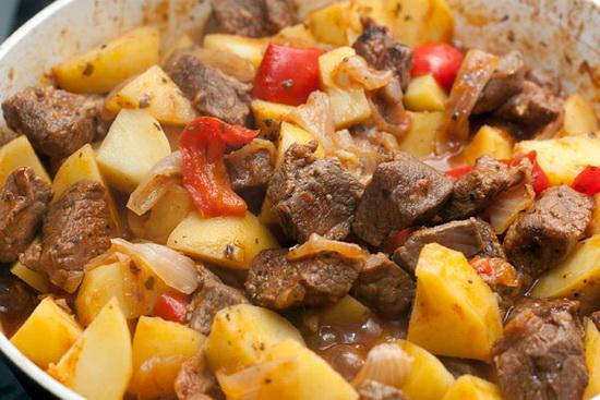 Баранина с картошкой и овощами в мультиварке - как вкусно приготовить баранину 2