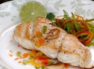 Филе хека, семги и трески на пару в мультиварке – готовим морскую рыбу 1