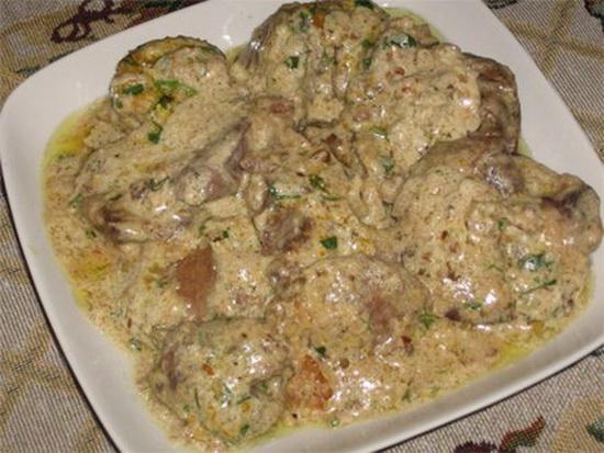 Как вкусно приготовить говяжью печень в мультиварке в сметане, на пару с картошкой 2