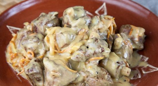 Как вкусно приготовить говяжью печень в мультиварке в сметане, на пару с картошкой 3