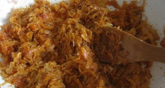 Как потушить квашеную капусту с курицей в мультиварке, с картошкой и замороженными овощами 2
