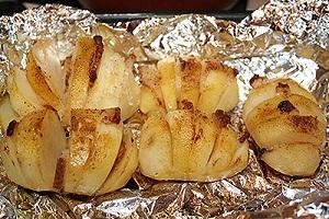 Запеченый картофель в фольге в мультиварке с салом 1