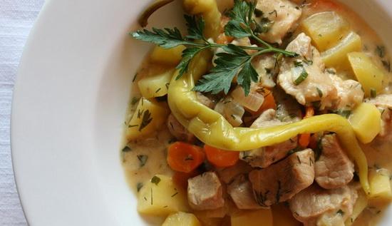 Как вкусно потушить свинину в мультиварке с картошкой – новый рецепт 4