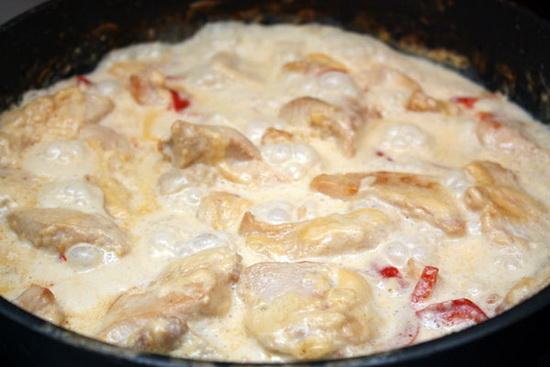 Куриное филе в сметане, кефире, сливках, с сыром, в томатном соусе - в мультиварке 3