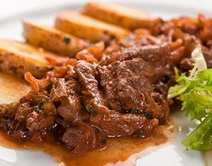 Как вкусно потушить мясо в мультиварке - готовим тушеную говядину 1