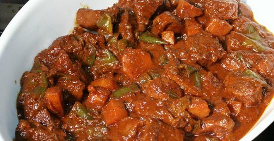 Как вкусно потушить мясо в мультиварке - готовим тушеную говядину 3