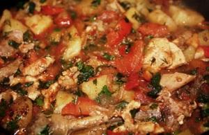 Грузинский рецепт чахохбили из курицы с картошкой и без картошки в мультиварке 1