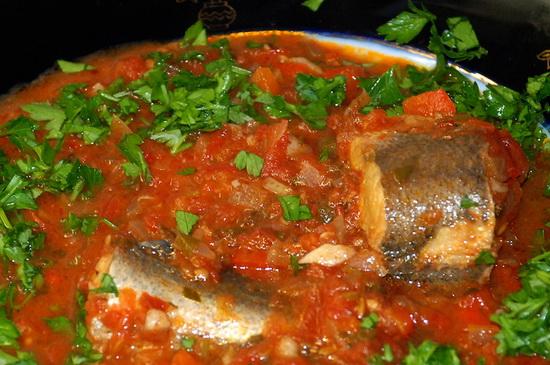 Как потушить рыбу в мультиварке – рыба в томате, с грибами, картошкой, под маринадом 3