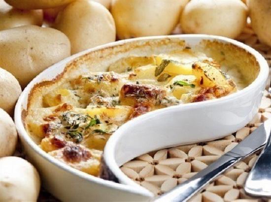 Треска со сметаной в мультиварке с картофелем – классический рецепт 2
